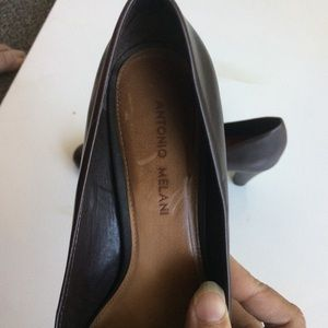 ANTONIO MELANI Shoes - Antonio Melani Brown Heels. Size 8.5. EUC